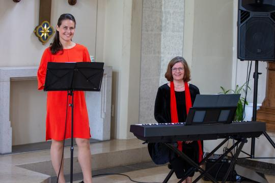 Hochzeitsmusik mit Beverly + Maria