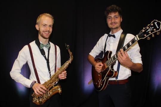 Strings, Sax & Swing