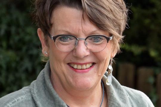 Karin Simon