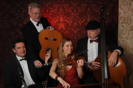 Saitensturm Geige, Gitarre (Klarinette,Bass) Sarah Piorkowsky