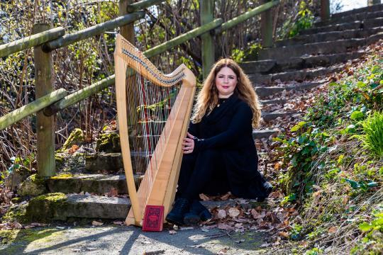 Simone Sorgalla - Gesang und Harfe, Harfe Solo