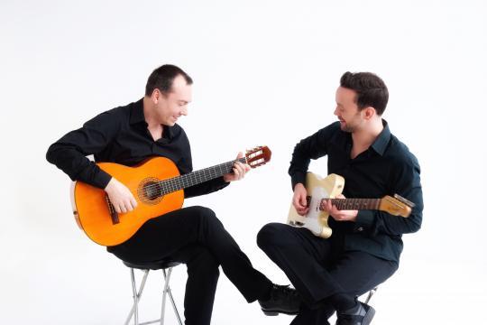 Gitarre mal Zwei - Hintergrundmusik