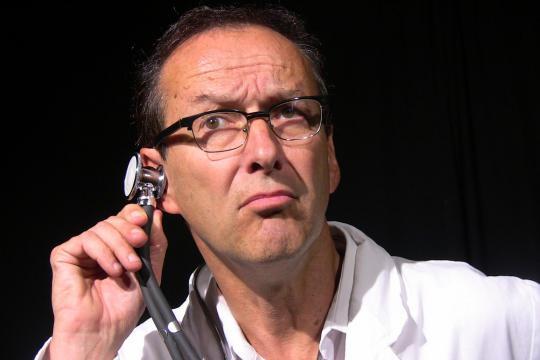 """Dr.von Hase: """"Feiern bis der Arzt kommt"""""""
