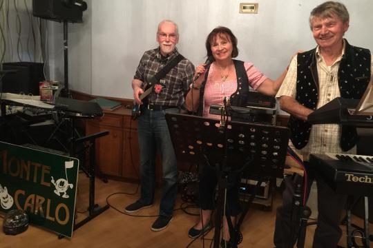 Trio MONTE CARLO & AKKORDEONIST