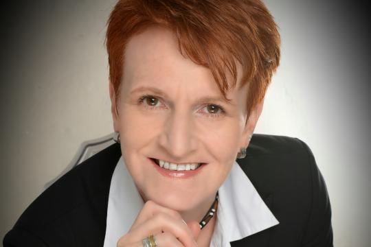 Manuela M. Thiem