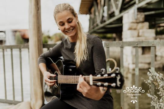 Sängerin Jasmin Steiner