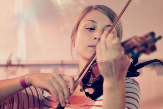 Mariella Schelch - Violine und Gesang