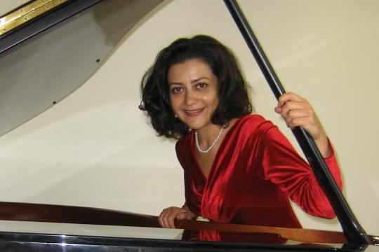 Alina Amaras