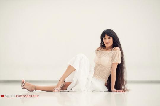 Joy Gomez - La latina  ( Spanische Musik )
