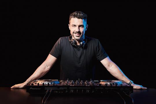 Alexander Lorenz - DJ für Privat- und Firmenevents