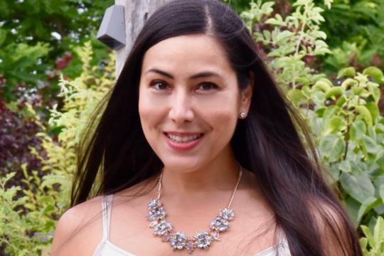Vera Rivera - Hochzeitssängerin und Pianistin