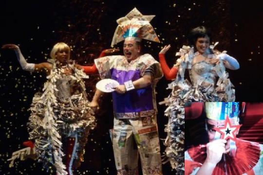 Mr. Lo's Paper Show