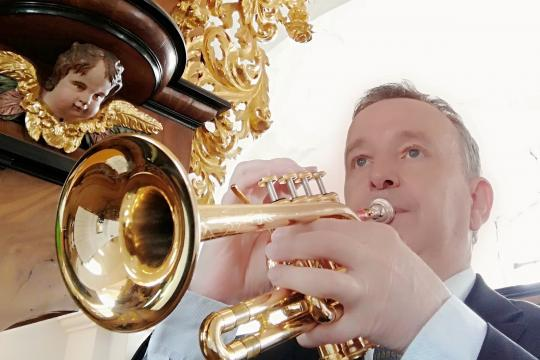 Wolfgang Huhn, Diplom-Musiker
