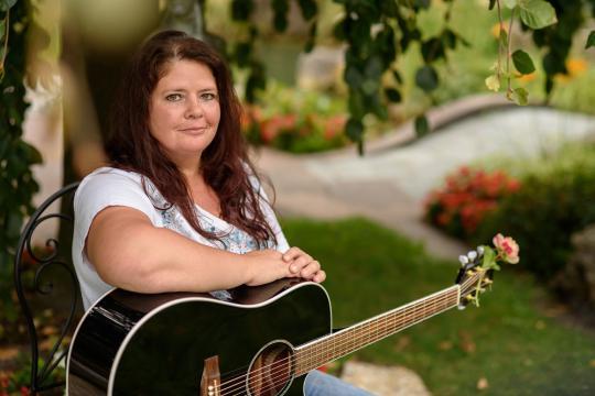 Yvonne Brugger Sängerin für Hochzeit, Taufe und Trauerfeiern und Veranstaltungen Feiern Vorarlberg