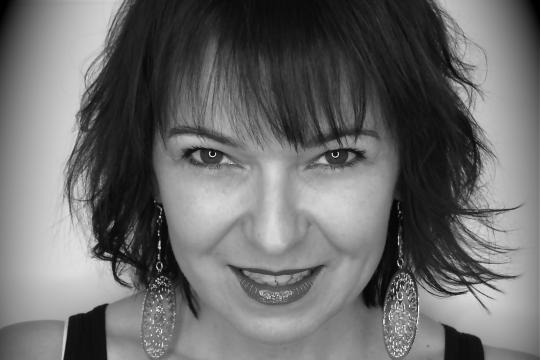 Showsängerin & Dj & Hochzeitssängerin Karin Hehr
