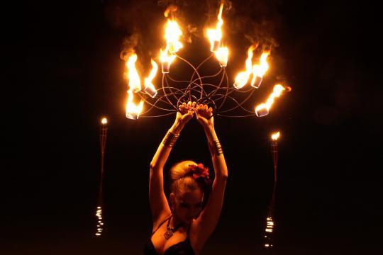 Feuertanzshow/Hochzeitsfeuershow Berlin - Aaliyah Zhoura