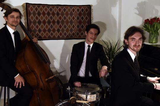 SRS-Trio