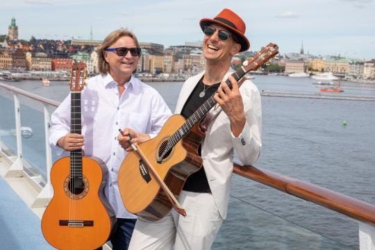 Magic acoustic Guitars