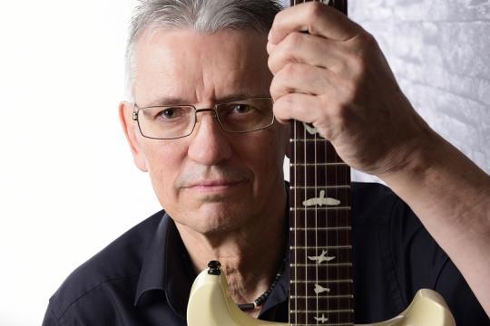 Uwe-Guitar