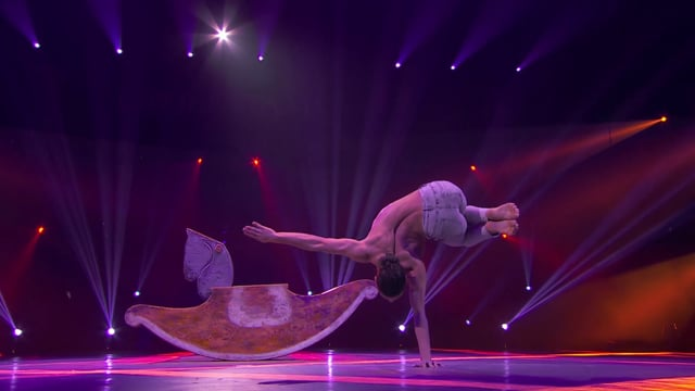 Video: Saleh Schaukelpferd Cirque De Demain paris Festival