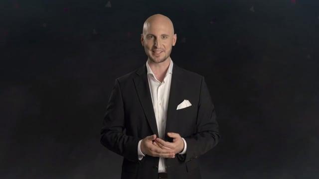 Video: Moderator Simon Diez – Der mehrsprachige Moderator