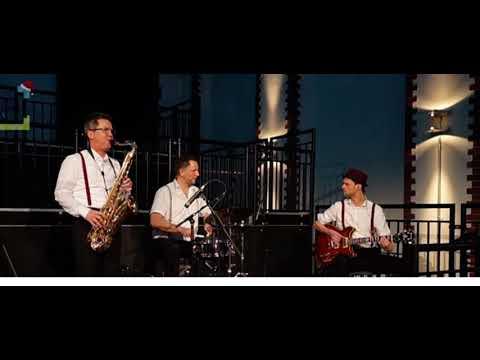 Video: Jazzkrönung Medley - Cantaloupe Island - Smooth Operator - Mas que Nada