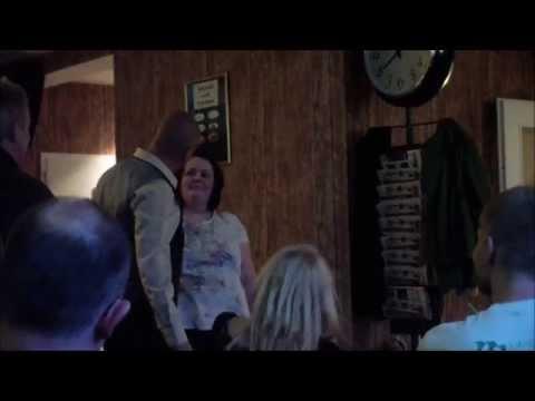 Video: Hypnose by CK - Sekt, Mond & Chinesischer Tourist