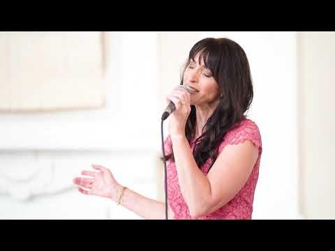 Video: ♡ Dir gehört mein Herz ♡Cover by Rita Orlando & Sandro Dalfovo am Piano - Livemitschnitt in der Villa Eugenia in Hechingen