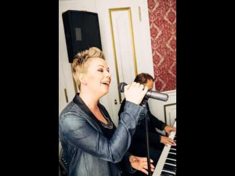 Video: The Rose - live gesungen von Hochzeitssängerin Veronika