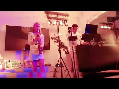 Video: Sax & DJ