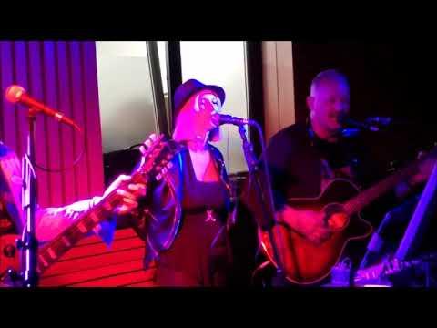 Video: Mittschnitt  Liveauftritt als Trio