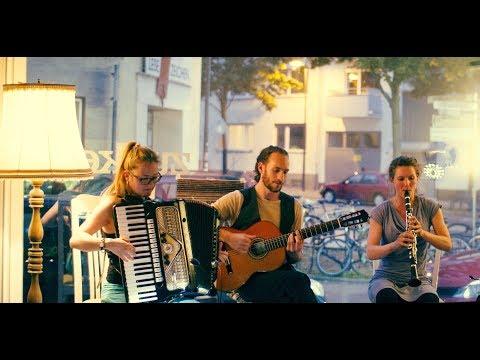 Video: Yo No Se Que Me Han Hecho Tus Ojos - Vals