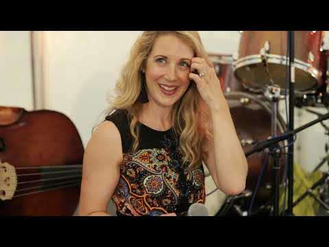 Video: grand ART jazz feat. Becki Biggins LIVE