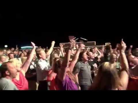"Video: Live Video Mitschnitt "" Dont You! """