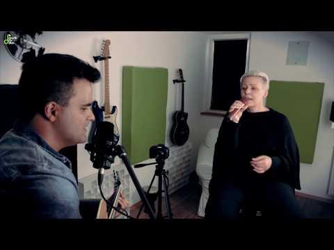 Video: Stitches Coverversion Xenia Lane & Tamas Ecsi