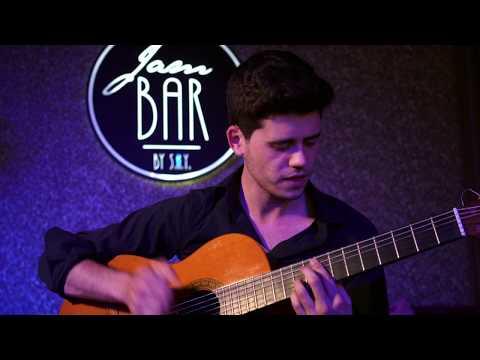 Video: Fabian Zeller - Tu Vuò Fa' L'Americano