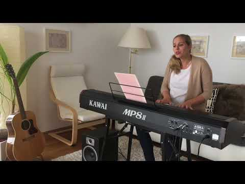 Video: A thousand years / Piano