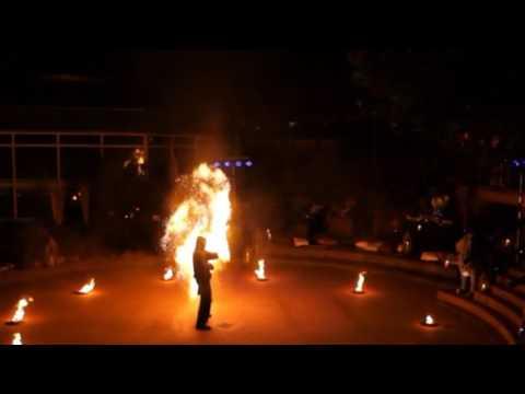 Video: Feuershow 2016 SiebenWelten Fulda