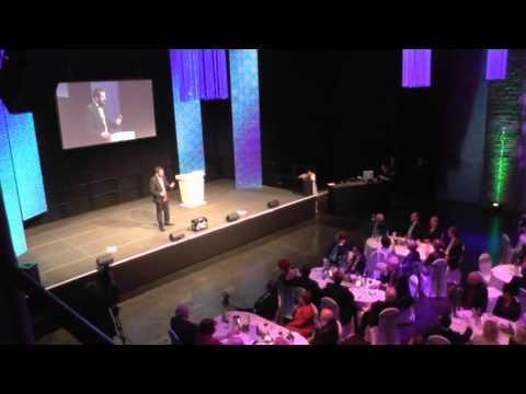 Video: Mr. Magic mit seiner Comedy-Zauber-Show live im EWerk (Köln)