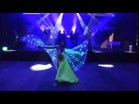 Video: Jasmin - Romantischer Tanz mit LED ISIS Wings
