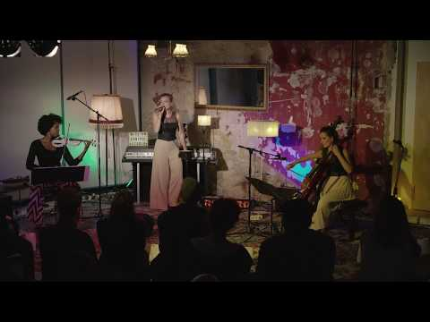 Video: MissesGOLD - vocals, cello, violin with live loops