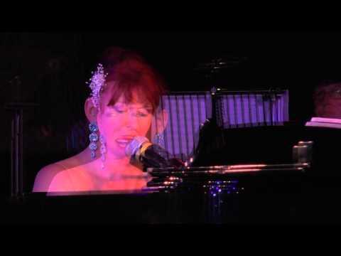Video: Charlotte Cavelle Solo Show auf MS Artania