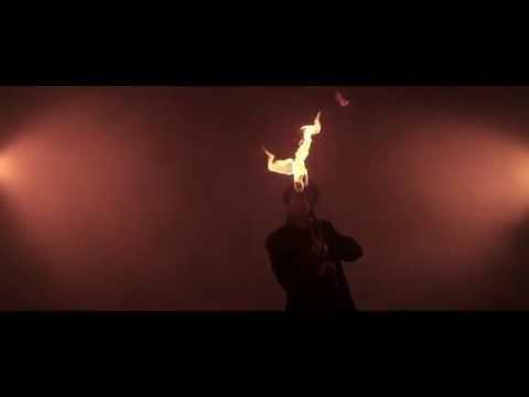 Video: Feuerkunst von Mark Hellgoth