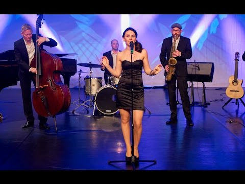 Video: Jazz & Lounge | Medley - 4 at the club