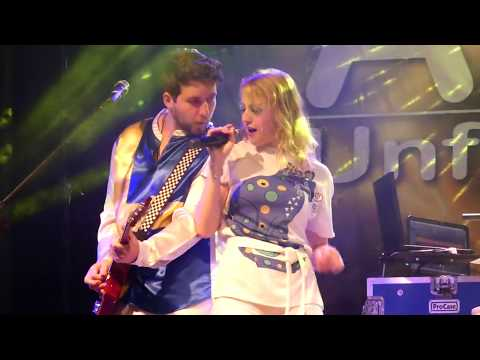 Video: A Tribute to Abba - Unforgettable