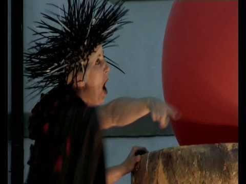 Video: Rheingold – ein Schauspüiel auf Stelzen