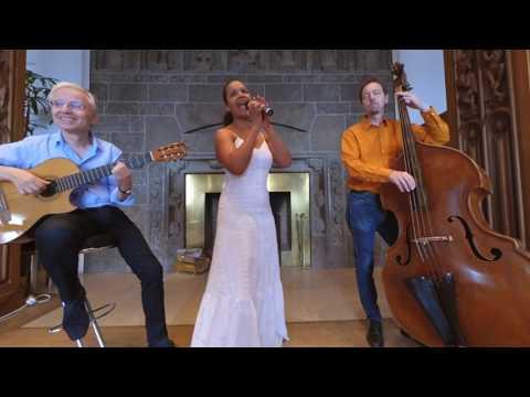 Video: Vou deitar e rolar - Emocao Trio