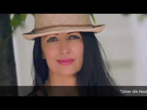 Video: Hochzeitsrednerin / Traurednerin für freie Trauungen