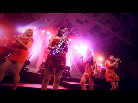 Video: Pop Disco Soul Dance Beat Groove Club Dance Damenband Ladiesband Hochzeit Firmenfeier