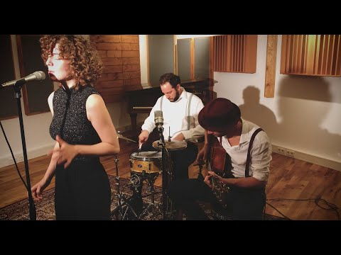 Video: Rather be - Popkrönung akustisch